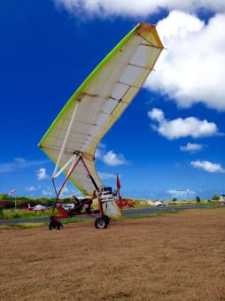 Ultralight hang gliders